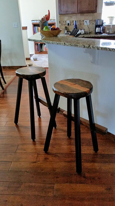 textured pinewood barstools