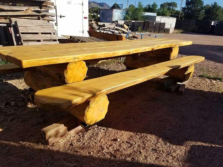 Link to Full-Log Picnic Table Blueprint