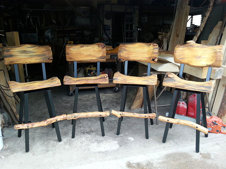 Build Bar Stools and Bar Chairs